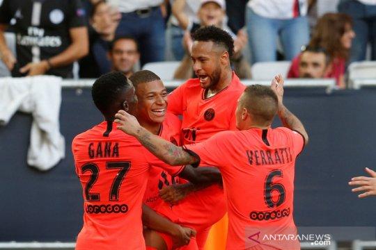 Mbappe, Neymar bahu membahu menangkan PSG atas Bordeaux