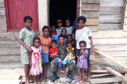 Suku adat Manokwari didorong ajak anaknya rajin sekolah