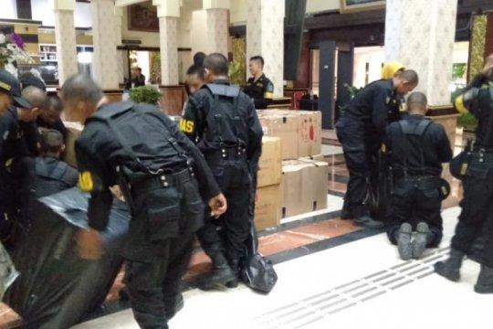 Pemkot Surabaya kirim bantuan ke korban gempa Maluku