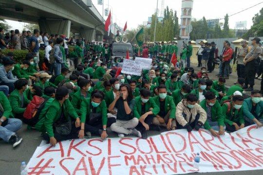 Mahasiswa UM Palembang tuntut usut mahasiswa tewas di Kendari