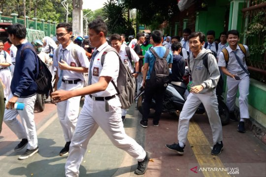 Antisipasi demo ricuh, SMAN 24 Jakarta pulangkan siswa lebih awal