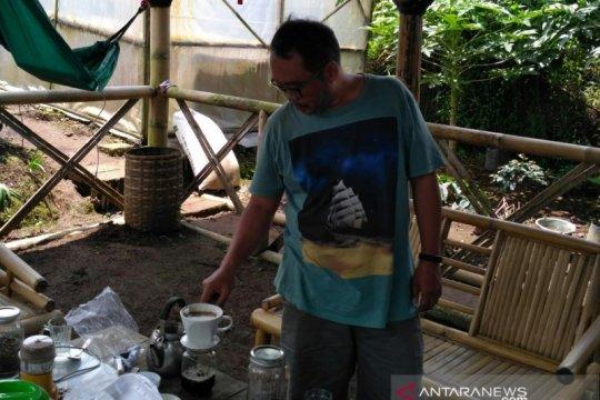 Petani kopi Cianjur kebanjiran pesanan dari berbagai daerah
