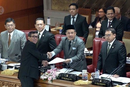 DPR sahkan revisi Undang-undang KPK