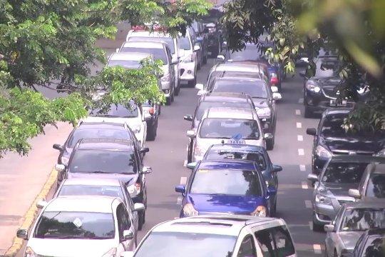 Aturan tanpa kendaraan harus diikuti instansi lain