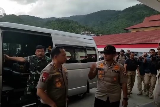 Kapolri dan Panglima TNI akan berkantor di Jayapura hingga situasi aman