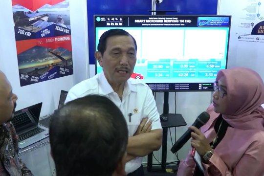 Luhut: pejabat negara wajib gunakan kendaraan listrik pada 2021-2022