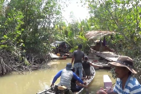 Tambang ilegal rusak ekosistem dan mata pencaharian nelayan Sungai Baturusa