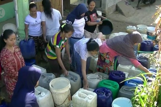 Warga Tlogopucang andalkan bantuan air bersih dari pemerintah daerah