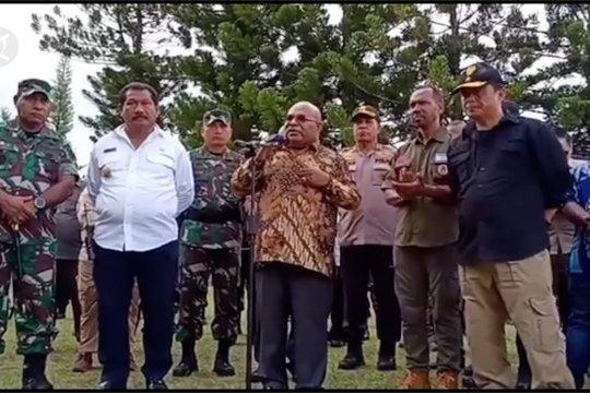 Gubernur Papua temui pengungsi Wamena
