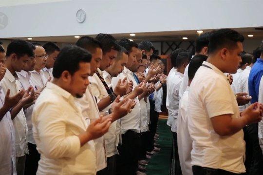 Doa untuk Bapak Pembangunan Kota Batam