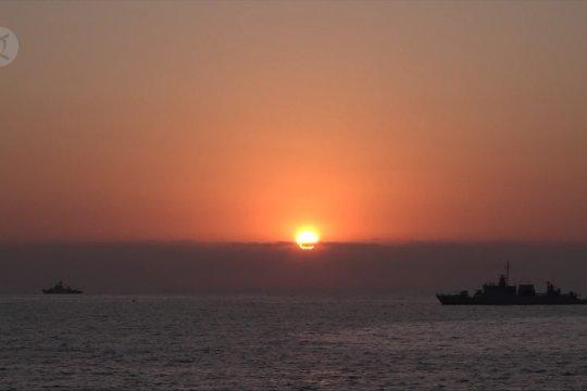 Latihan gabungan, TNI AL serbu tumpuan pantai Banyuwangi