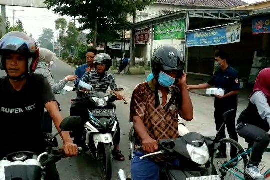 Karang Taruna Kotim bagikan 1.000 masker gratis