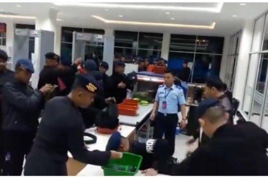 Lagi, Polda Sultra kirimkan 100 personel Brimob ke Papua