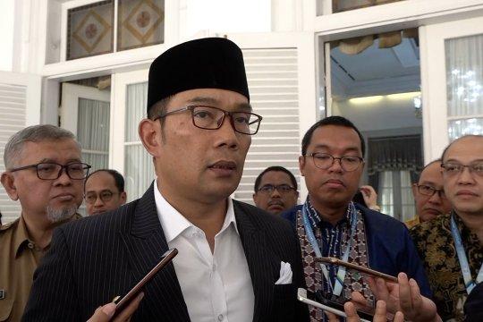 Gubernur Jabar minta Dishub periksa penyebab kecelakaan di Tol Cipularang