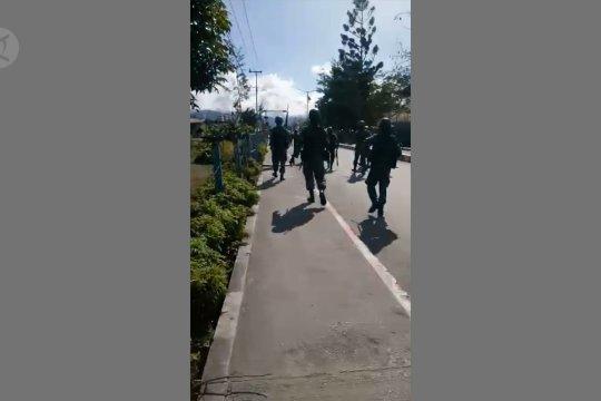 Aksi unjuk rasa siswa di Kota Wamena berujung ricuh