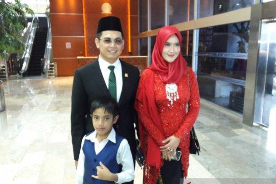 Tommy Kurniawan terjebak demo gara-gara beli dasi untuk pelantikan DPR