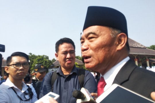 Eka Kurniawan tolak penghargaan Maestro Seni, Mendikbud tak masalah