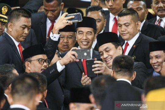 Anggota parlemen baru perhatikan catatan merah periode lalu