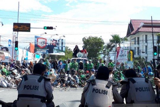 DPRD Sulteng berjanji teruskan tuntutan mahasiswa se-Kota Palu