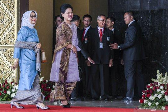Pelantikan DPR, Ibu Negara tiba di komplek parlemen