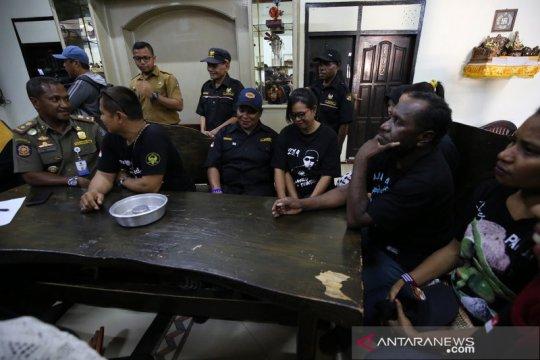 Persaudaraan warga Surabaya-Papua terus ditingkatkan