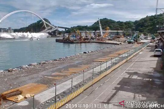 Tiga WNI meninggal dunia akibat jembatan runtuh di Taiwan