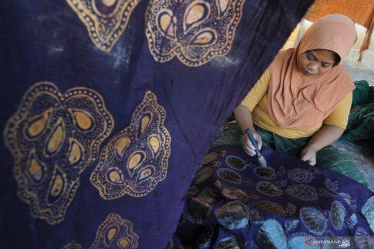 Kemendikbud selenggarakan pameran batik
