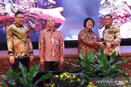 Pemkab Bekasi terima penghargaan Proklim Kementerian LHK