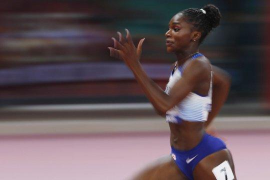 Dina Asher-Smith sabet emas sprint 200m putri