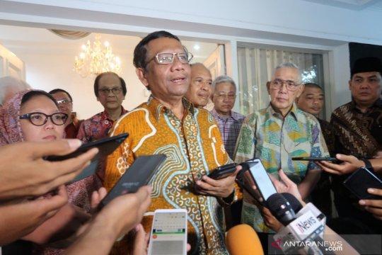 Bertemu Try Sutrisno, Mahfud MD bahas soal Papua