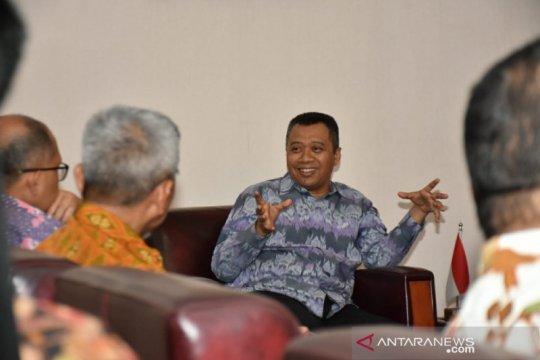 Gubernur ajak warga NTB persiapkan diri songsong industri pariwisata