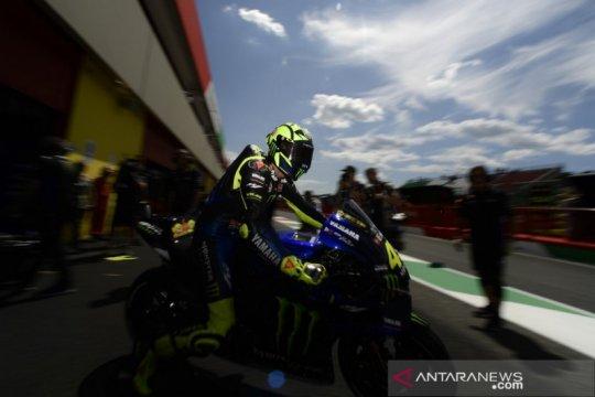 Masih berambisi raih gelar juara, Rossi ganti kepala kru tahun depan