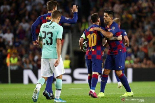 Messi tegaskan Barcelona tetap kompak