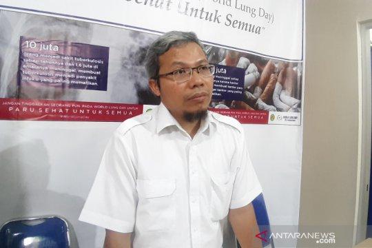 PDPI: Dokter usia 65 tahun lebih jangan langsung tangani pasien corona