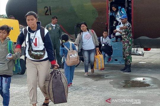 Pengungsi di Timika berharap bisa segera kembali ke Wamena