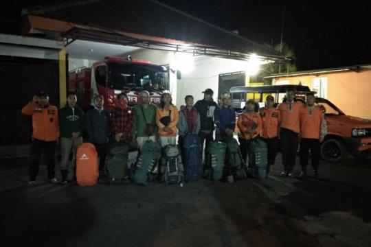 13 pendaki Gunung Raung yang terjebak kebakaran selamat