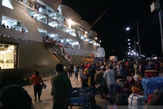 Pelni Ambon siapkan dua kapal antisipasi lonjakan jumlah penumpang