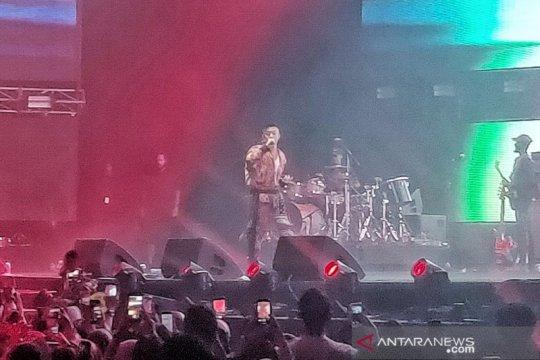 Pertama manggung di Jakarta, Rich Brian bikin heboh Spotify OnStage