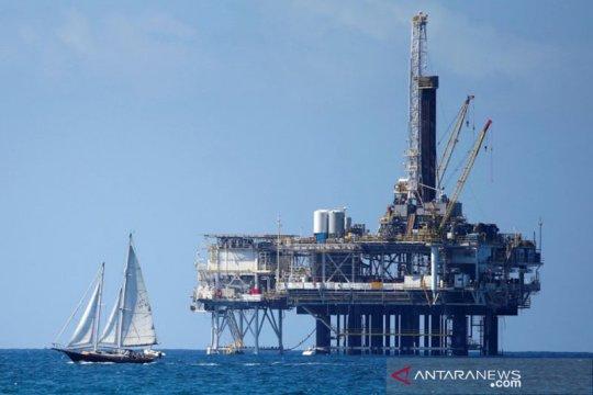 """Harga minyak """"rebound,"""" dipicu penurunan rig dan data tenaga kerja AS"""