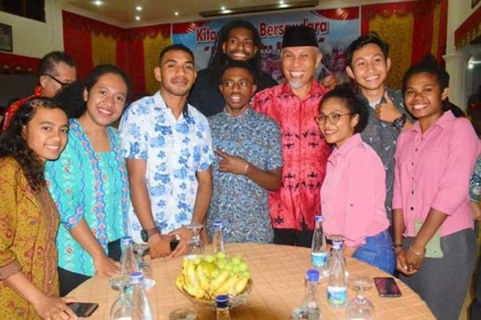 Wako Mahyeldi minta mahasiswa Papua di Padang tak perlu khawatir