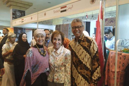 Batik Indonesia warnai Bazaar Diplomatik Internasional di Yordania
