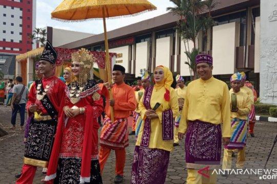 Festival arakan pengantin sambut ulang tahun Pontianak ke-248