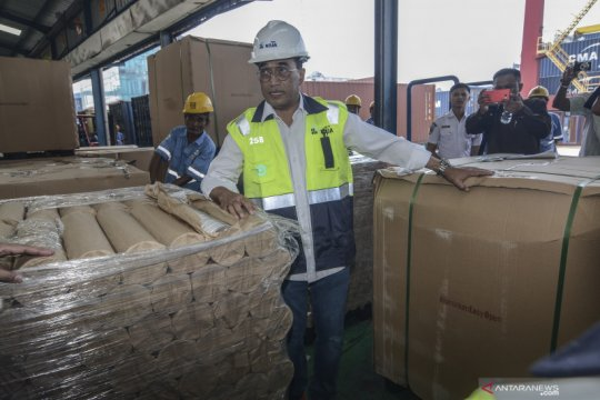 Menhub targetkan layanan petikemas Priok naik hingga delapan juta TEUs