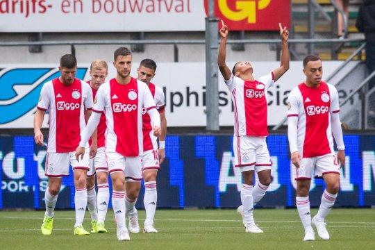 Ajax dan PSV menang, Feyenoord terjengkang