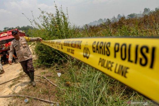 Satgas Karhutla Riau kerahkan dua heli jatuhkan bom air