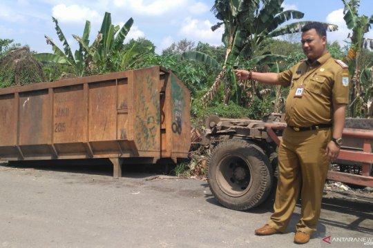 Jambi akan pasang perangkat GPS di kendaraan pengangkut sampah