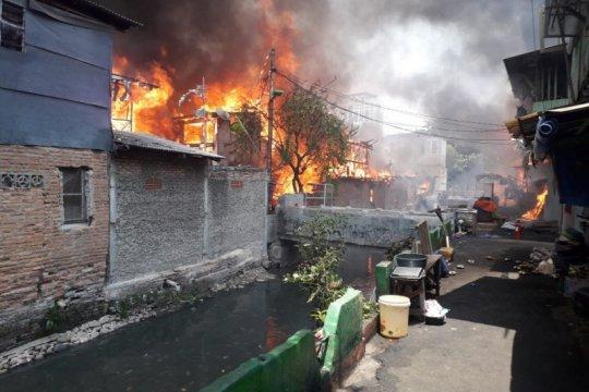 Kerugian akibat kebakaran Taman Sari diperkirakan Rp8 miliar