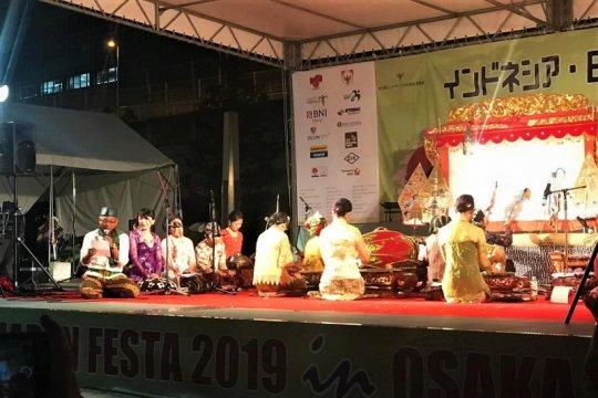 Wayang Kulit, Legong Lasem meriahkan festival Indonesia-Japan di Osaka
