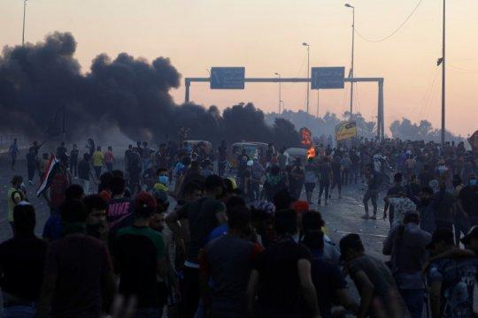Polisi Irak kembali tembaki massa, korban tewas lebih dari 100 orang