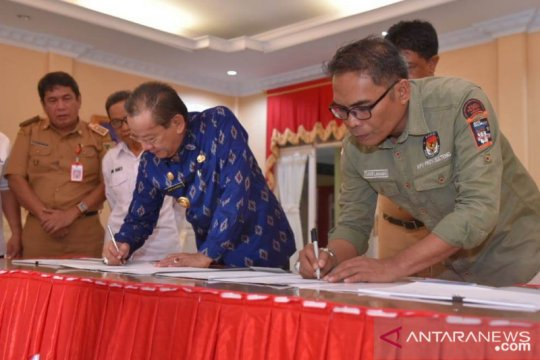 Pemda Sulteng hibahkan Rp158 miliar kepada KPU untuk Pilkada serentak
